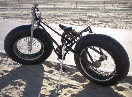 Here s a collection of pics of interesting to bizarre bikes i ve